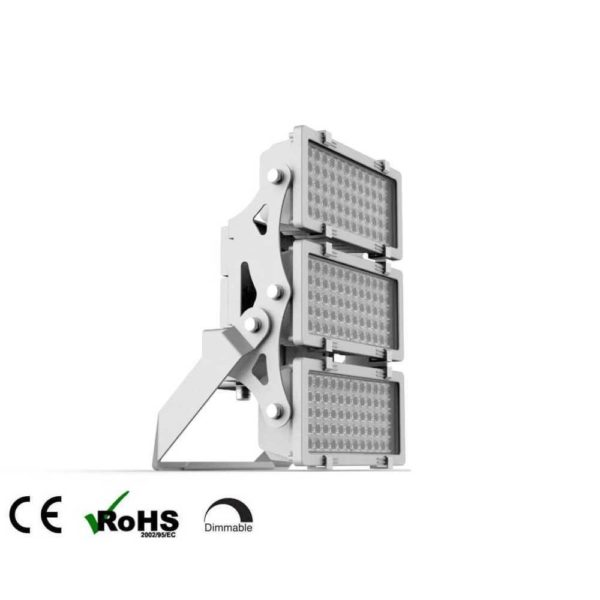 led-sportplatzleuchte-600w-81000-lumen-kaltweiss-5000k-ip66